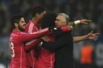 Pemain Real Madrid Isco, Varane, dan Marcelo berselebrasi bersama Ancelotti. JIBI/Rtr/Ina Fassbender