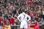 Reaksi bintang Real Madrid Cristiano Ronaldo saat timnya kalah dari Atletico Madrid. JIBI/Reuters/Juan Medina