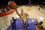Los Angeles Lakers sukses bungkam Milwaukee Bucks (Reuters/Mark J. Terrill/Pool)