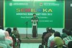 Ketua Asosiasi Rumah Sakit Jiwa dan Ketergantungan Obat Indonesia (ARSAWA KOI), Bambang Eko Sunaryanto, menyampaikan sambutan saat membuka semiloka akreditasi rumah sakit versi 2012 di RSJD Dr. RM. Soedjarwadi, Klaten, Kamis (19/3/2015). (Taufiq Sidik Prakoso /JIBI/Solopos)