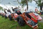 Traktor bantuan Presiden Joko Widodo untuk Ponorogo, Jumat (6/3/2015). (JIBI/Solopos/Antara/Siswowidodo)