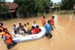 PENANGGULANGAN BENCANA : BNPB: Waspadai Banjir dan Tanah Longsor Desember- Januari