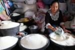 FOTO HARGA KEBUTUHAN POKOK : Harga Beras di Solo Berangsur Turun