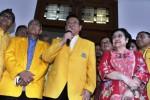 Agung Laksono tampil bersama Megawati di Jakarta, Senin (16/3/2015). (JIBI/Solopos/Antara/Wahyu Putro A.)