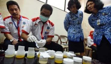 Deklarasi Gerakan Rehabilitasi 10.000 Penyalagunaan Narkoba di Surabaya, Selasa (17/3/2015). (JIBI/Solopos/Antara/Zabur Karuru)