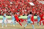 Ribuan suporter Pasoepati saat memadati Stadion Manahan menyaksikan tim kesayangannya. JIBI/Solopos/dok