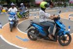 Praktik ujian SIM di Jombang, Kamis (12/3/2015). (JIBI/Solopos/Antara/Syaiful Arif)
