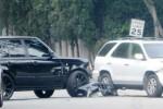 Ilustrasi kecelakaan mobil. (Dailymail.com)