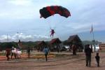JOGJA AIR SHOW : 28 Atlet Terjun di Pantai Krakal