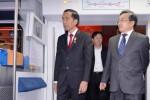 Presiden Jokowi (kiri) meninjau transportasi massal terintegerasi di Stasiun Dong Zhi Men Beijing, Tiongkok, Kamis (26/3/2015 ). (JIBI/Solopos/Antara/Laily-Setpres)