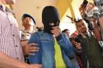 Pemuda Jambi pemilik atribut ISIS ditangkap aparat setempat, Rabu (24/3/2015). (JIBI/Solopos/Antara/Wahdi Septiawan)