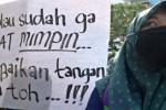 Demo mahasiswa di Semarang, Rabu (18/3/2015). (JIBI/Solopos/Antara/R. Rekotomo)