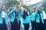 "DEMO MEI 2015 : 50 Mahasiswa Solo ""Jemput"" Jokowi di Jakarta"