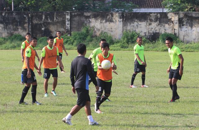 PERSIAPAN PERSIS SOLO : Eks Striker PSM Makassar Jadi Incaran -Sepak Bola » SEMARANGPOS.COM