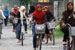 Pelajar di Kampung Inggris Pare Kediri, Jawa Timur.