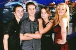 Sawyer Sweeten (paling kiri) berfoto bersama rekan-rekannya (Istimewa/Facebook)