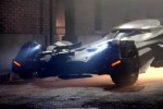 Batmobile dalam film Batman v Superman. (Youtube)