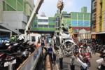 FOTO PARKIR LIAR : Begini Cara Jakarta Razia Parkir Liar