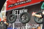 Peluncuran ban Corsa Platinum R26, R93 dan R99 di Parjo 2015. (Liputan6.com)