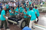 Proses pembongkaran Jeep Willys di Parjo 2015. (Liputan6)