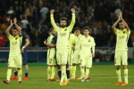 Para pemain Barcelona Gerard Pique (tengah), Xavi (kiri) dan Sergio Busquets merayakan kemenangan melawan PSG. JIBI/Reuters/Benoit Tessier