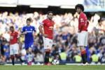 Pemain Manchester United Radamel Falcao dan Marouane Fellaini tandem saat timnya melawan Chelsea beberapa waktu lalu. JIBI/Reuters/Tony O'Brien
