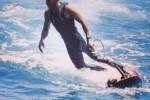 KABAR PEMBALAP : Hamilton Surfing, Button Pilih Lari Maraton