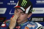 Pembalap Yamaha Jorge Lorenzo hingga seri ketiga belum naik podium. Performanya sedang menurun. JIBI/Reuters