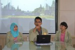 Agam Budi Satria, mahasiswa Fakultas Farmasi UGM angkatan 2011 (tengah) (JIBI/Harian Jogja/dok. Humas UGM)