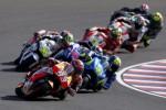 Pembalap Honda MotoGP Marc Marquez (93) sempat berada di depan di MotoGP Argentina. JIBI/Rtr/Marcos