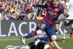 Mega bintang Barcelona Lionel Messi mengukir golnya yang ke-400 untuk Barcelona. JIBI/Reuters/Albert Gea