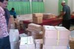 Ratusan paket naskah soal UN 2015 disimpan di gudang titik distribusi di SMKN 2 Solo, Sabtu (11/4/2015). (Septhia Ryanthie/JIBI/Solopos)