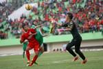 Pemain Persis saat bertanding melawan Mitra Kukar dalam laga uji coba. JIBI/Solopos/dok