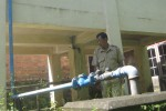 Sumur dalam yang berada di belakang kantor Desa Mundu, Tulung, Klaten, mangkrak sekitar sembilan tahun ini. Mangkraknya sumur tersebut lantaran mesin pompa rusak. Foto diambil Senin (30/3/2015). (Taufiq Sidik Prakoso/JIBI/Solopos)