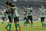 Para pemain Real Betis merayakan kemenangan setelah menjadi juara kasta kedua. Ist/insidespanishfootball.com