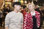 Chloe Grace Moretz dan penyanyi Korea Selatan Eric Nam (Soompi.com)