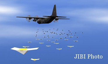 Cicada drone saat terbang setelah dilemparkan dari pesawat (Engadget)