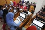 Tes online penerimaan mahasiswa baru UMS, Senin (25/5/2015). (Reza Fitriyanto/JIBI/Solopos)