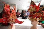 Workshop Make Up Solo Batik Carnival di Solo Center Point, Minggu (10/5/2015). (Reza Fitriyanto/JIBI/Solopos)