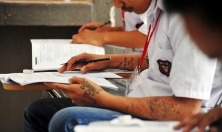 UN di Sekolah Filial LP Anak Palembang, Sumsel, Senin (18/5/2015). (JIBI/Solopos/Antara/Feny Selly)