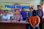 Kapolres Kulonprogo saat gelar kasus judi online dihadapan wartawan, Rabu (13/5/2015). (JIBI/Harian Jogja/Holy Kartika N.S.)