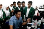 Foto kunjungan para siswa MAN 1 Sragen di Griya Solopos, Jl. Adisucipto 190, Solo, Jawa Tengah, Kamis (21/5/2015). (Evi Handayani/JIBI/Solopos.com)