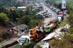 Situasi lalu lintas jalur Ngawi-Solo (JIBI/Solopos/Antara)