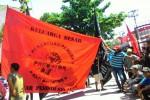 WTT beraksi di depan PTUN (JIBI/Harian Jogja/Desi Suryanto)