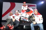 Ini dia tim Ducati yang terdiri dari Michele Pirro, Gigi Dall'Igna, Andrea Iannone, Andrea Dovizioso yang akan terjun di sirkuit Mugelo, MotoGP Italia 2015. Ist/newstvgenre.altervista.org
