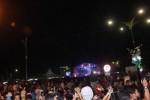 Ribuan warga Sragen memadati Alun-alun Sasono Langen Putro saat gelaran Halte Musik Lumbung Jumengglung, Sabtu (30/5/2015) malam. (Istmewa)