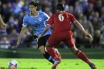Edinson Cavani (Biru) diandalkanUruguay di Copa America 2015 (Reuters/Andres Stapff)