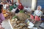 Tak Punya Kios, Ribuan Pedagang di Kulonprogo Jualan di Sembarang Tempat