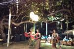 Pertunjukan sendratari digelar menyatu dengan para tamu di samping kolam renang area Kemangi Bistro Hyatt Regency Yogyakarta. (JIBI/Bisnis Indonesia/Pamuji Tri Nastiti)
