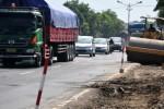 Proyek pelebaran jalan jalur pantura Tegal, Sabtu (6/6/2015). (JIBI/Solopos/Antara/Oky Lukmansyah)